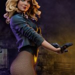 sideshow-collectibles-black-canary-premium-format-figure-statue-marvel-collectibles-img02