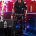 hot-toys-johnny-silverhand-sixth-scale-figure-cyberpunk-2077-collectibles-vgm47-img10