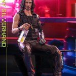 hot-toys-johnny-silverhand-sixth-scale-figure-cyberpunk-2077-collectibles-vgm47-img11