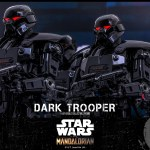 hot-toys-dark-trooper-sixth-scale-figure-star-wars-mandalorian-collectibles-tms032-img14
