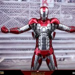 hot-toys-iron-man-mark-v-sixth-scale-figure-reissue-marvel-collectibles-mms-400d18-img06