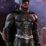 hot-toys-batman-forever-sonar-suit-sixth-scale-figure-dc-comics-collectibles-mms-593-img06