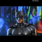 hot-toys-batman-forever-sonar-suit-sixth-scale-figure-dc-comics-collectibles-mms-593-img14