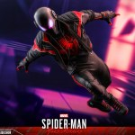 hot-toys-miles-morales-2020-suit-sixth-scale-figure-spider-man-marvel-vgm49-img16