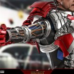 hot-toys-tony-stark-mark-v-suit-up-version-deluxe-sixth-scale-figure-marvel-mms-600-img17
