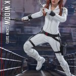 hot-toys-black-widow-snow-suit-sixth-scale-figure-marvel-collectibles-mms-601-img07