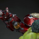 sideshow-collectibles-hulk-vs-hulkbuster-maquette-statue-marvel-collectibles-img19