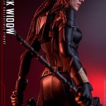 hot-toys-black-widow-sixth-scale-figure-black-widow-movie-marvel-collectibles-img11