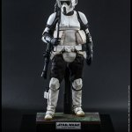 hot-toys-scout-trooper-sixth-scale-figure-star-wars-return-of-the-jedi-mms-611-img03