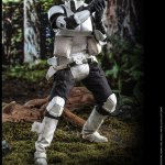 hot-toys-scout-trooper-sixth-scale-figure-star-wars-return-of-the-jedi-mms-611-img07