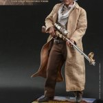 hot-toys-doc-brown-1-6-scale-figure-back-to-the-future-part-iii-mms-617-img03