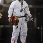 hot-toys-doc-brown-deluxe-version-sixth-scale-figure-back-to-the-future-mms-610-img05