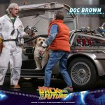hot-toys-doc-brown-sixth-scale-figure-back-to-the-future-collectibles-mms-609-img08