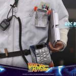 hot-toys-doc-brown-sixth-scale-figure-back-to-the-future-collectibles-mms-609-img13