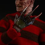 sideshow-collectibles-freddy-krueger-1-6-scale-figure-nightmare-on-elm-street-img12