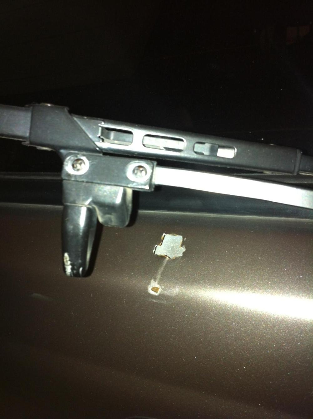 medium resolution of rear wiper holder photo 1 jpg