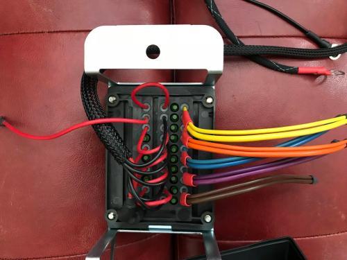 small resolution of bussmann fuse relay block daef4c47 9bf4 43a1 b32b c506b5f7a410