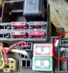22re fuse box 13 wiring diagram images wiring diagrams 86 toyota pickup fuse box diagram 1986 [ 1330 x 747 Pixel ]