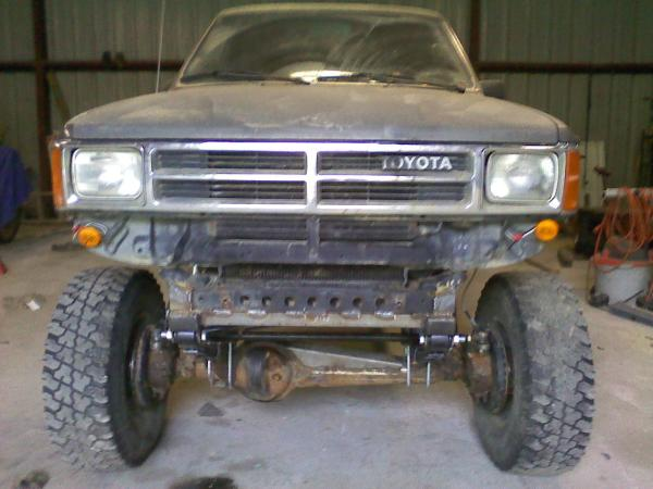 Toyota 4runner Solid Front Axle Swap - Year of Clean Water