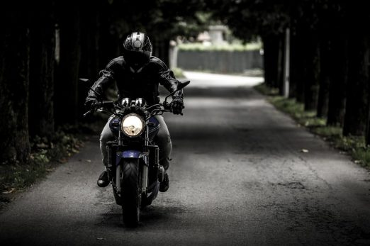 libertad moto hombre decisión independencia
