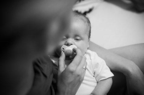 afecto amor materno madre hijo niño bebé chupete sueño ¿EL BEBÉ NECESITA REALMENTE EL CHUPETE?