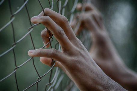 bloccare carcere ricenzione trappola intrampolati