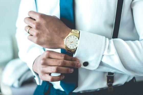 uomo vestire elegante GUIDA ALL'AMORE: COME CONQUISTARE UNA DONNA