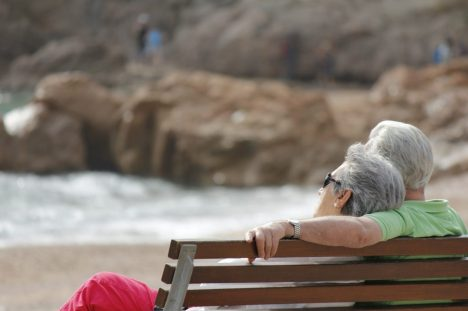 amor pareja adulta mayor ENAMORARSE DESPUÉS DE LOS 50