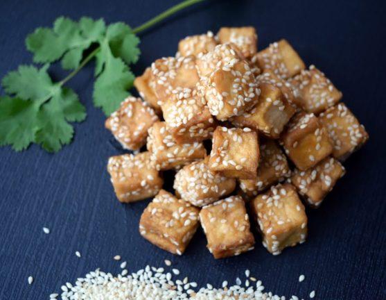 tofu proteína vegetal alimento ¿EN QUÉ CONSISTE LA DIETA VEGANA?