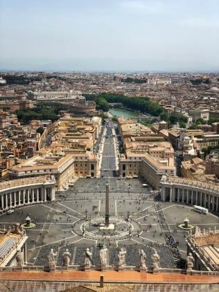 TRA SANTI E BEATI: CHI È DAVVERO L'AVVOCATO DEL DIAVOLO? vaticano roma papa chiesa