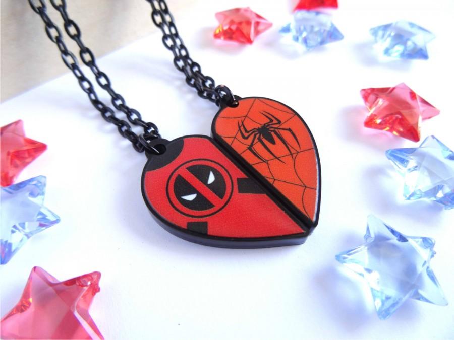 Tom's Selec - pendentif deadpool / spiderman