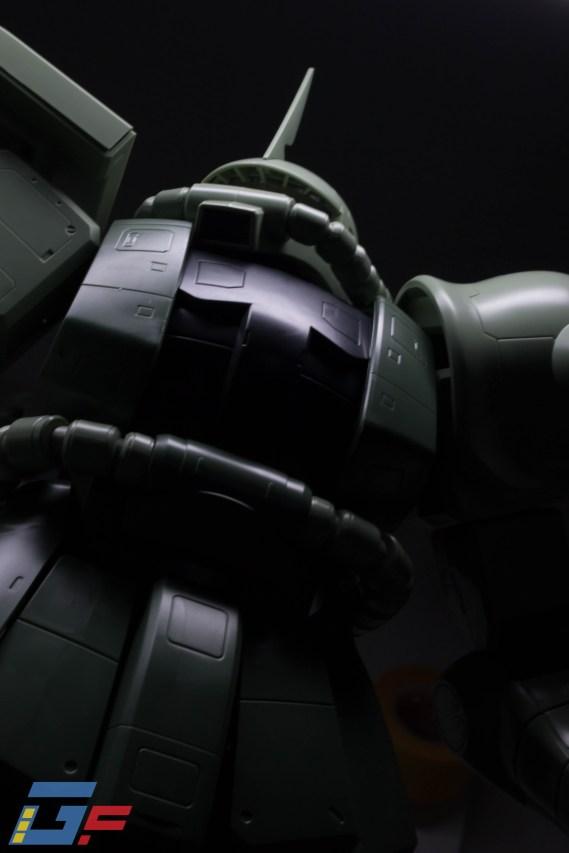 MEGA SIZE 1-48 ZAKU II BANDAI TOYSANDGEEK @Gundamfascination-8
