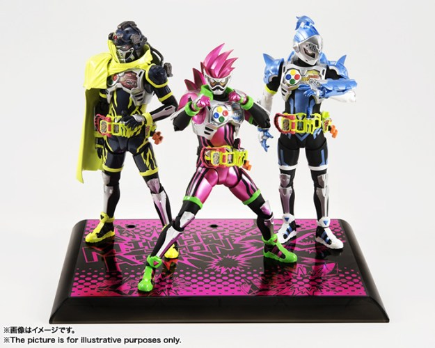 s-h-figuarts-masked-rider-ex-aid-mighty-action-x-beginning-set-1