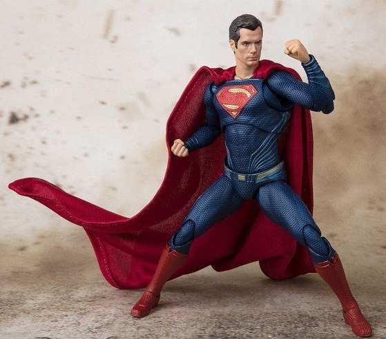 s-h-figuarts-superman-justice-league-3