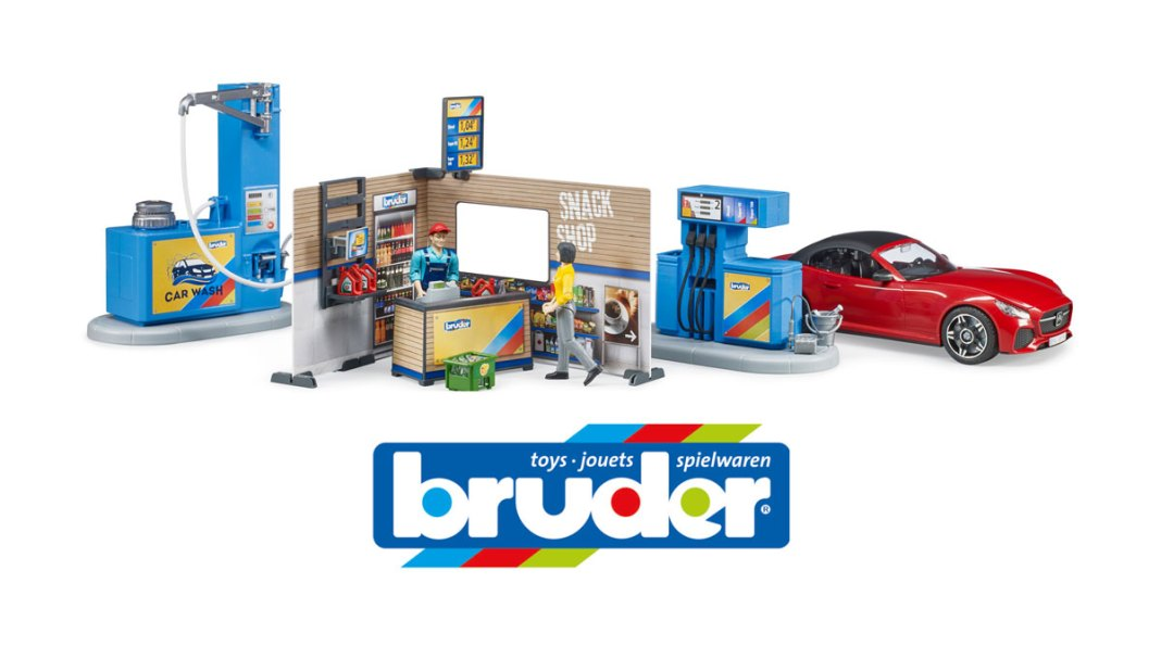 Bruder brings out the no-queue petrol station!