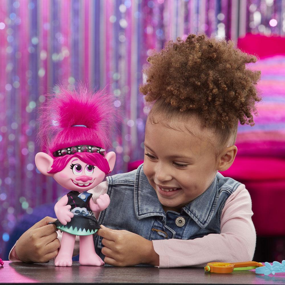 trolls world tour pop to rock poppy singing doll french version