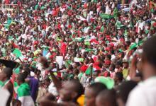 Photo of Kayembe Ndotoni: «Si nous gardons notre effectif en y ajoutant quelques éléments de valeur, nous irons loin»