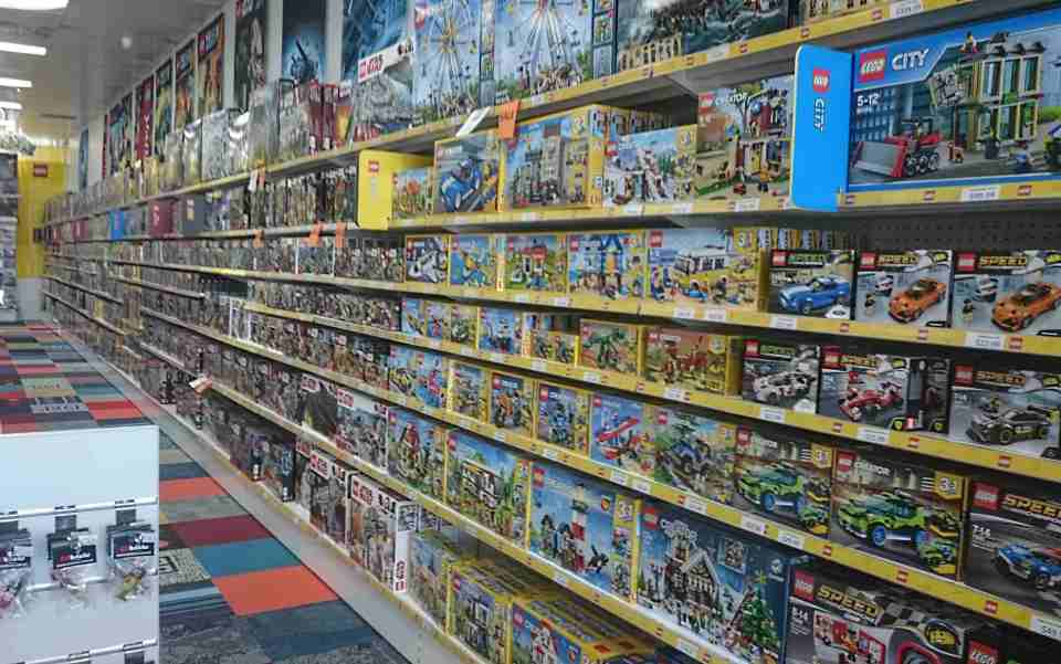 Toybricks : Aladdin Cave for All Things Lego