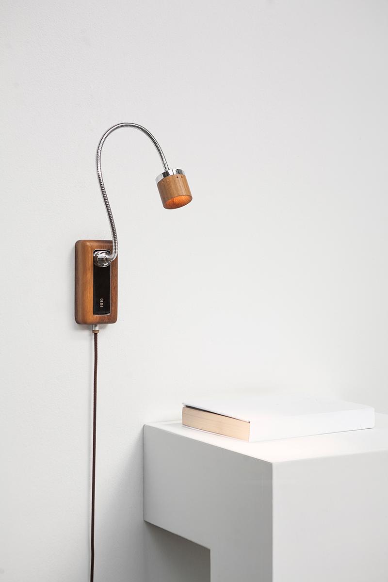 臺電文創聯手META DESIGN,運用回收木橫擔打造閱讀燈具 Whims #E010 – 臺電文創