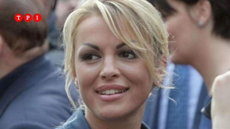 """Francesca Pascale: """"Mi sbattezzo, la Chiesa mi ha delusa sul ddl Zan. Berlusconi è arrabbiato con me"""""""