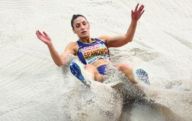 Photo of NOVA MEDALJA: Ivana Španović osvojila zlato, skočila 7.24 metara! (VIDEO)