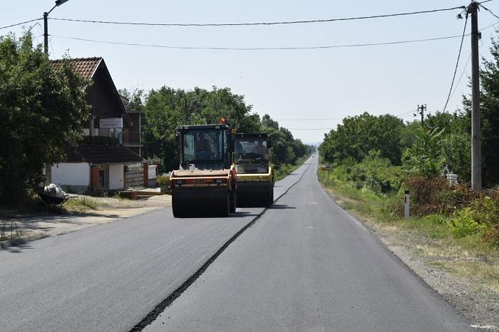 Photo of Otpočeli radovi na rekonstrukciji regionalnog puta Petrovac na Mlavi – Malo Crniće (VIDEO)