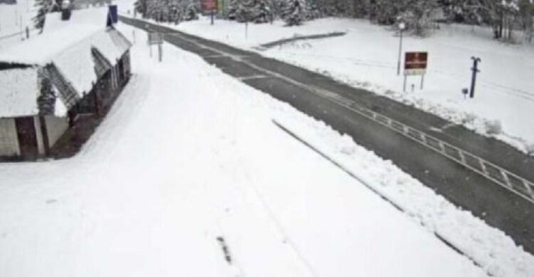Photo of SNEG ZA 1. MAJ: Sneg juče zabeleo Sloveniju, danas Hrvatsku, meteorolozi kažu da ide ka Srbiji (VIDEO)