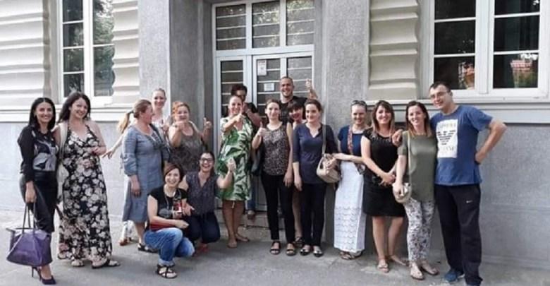 Photo of JAČI OD PRITISAKA I UCENA: Zaposleni u Medicinskoj školi u Požarevcu ne boje se strakovlade SNS-a!