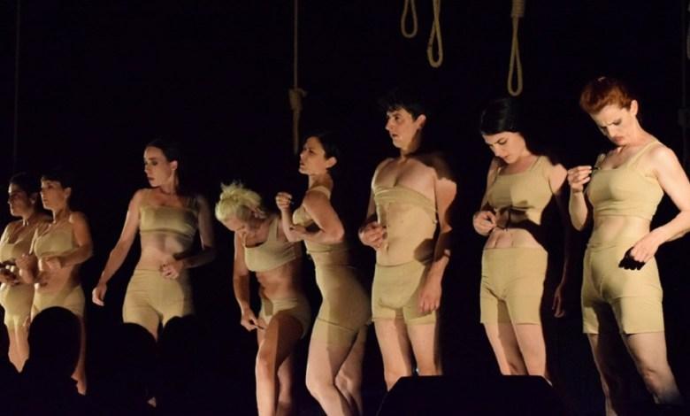 Photo of TREĆI DAN FESTIVALA: Mađarsko državno pozorište iz Temišvara oduševilo gledaoce