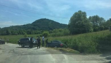 Photo of NESREĆA KOD LUČANA: Prevrnulo se vozilo iz Vučićeve kolone u kome je bio ministar Nedimović (FOTO)