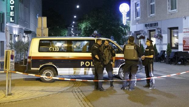 Photo of NAPAD U BEČU: Nepoznati napadač nožem izbo 27-godišnjeg Srbina