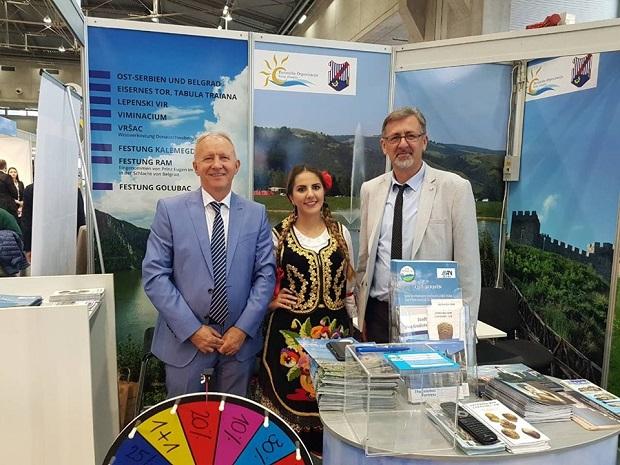Photo of PREDSTAVLJA SVOJU PONUDU: Turistička organizacija Velikog Gradišta na sajmu za seniore u Beču