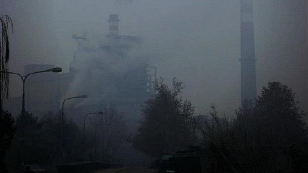 """Photo of NEVIDLJIVI UBICA: Kad je najveće zagađenje u Smederevu, merač za kvalitet vazduha """"slučajno"""" stane"""