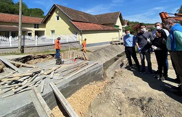 Photo of FINANSIRA OPŠTINA: 2,5 miliona za rekonstrukciju mosta preko potoka u Biskuplju